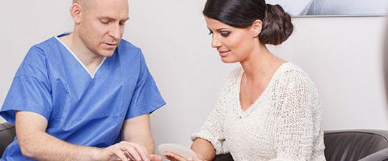 Wir führen seit Jahren Brustvergrößerungen durch, dadurch sind wir in der Lage selbst bei schwierigen Ausgangssituationen beste Ergebnisse zu erzielen.