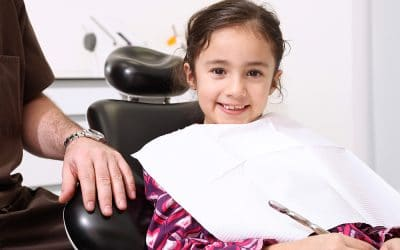 Kreidezähne – Wichtige Informationen für Eltern: Interview mit Dr. Dr. Dorow