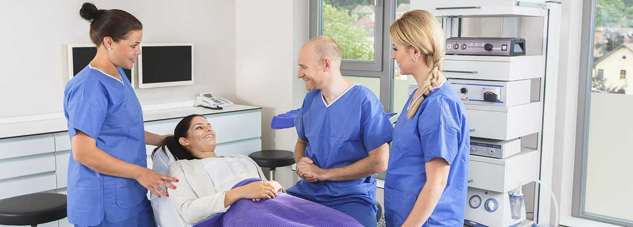 Schönheitsklinik, Beratung, Schönheitsoperation, Nahe Schweiz