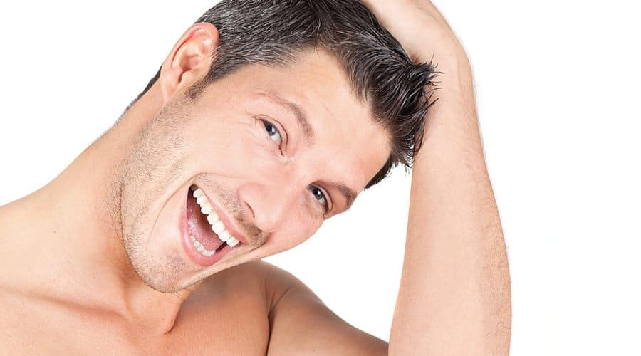 Haartransplantation gegen starken Haarausfall bei Männern
