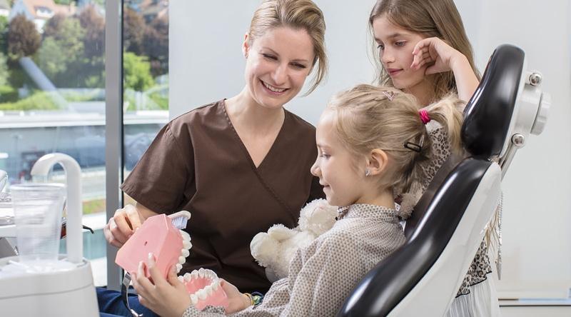 Tipps für die richtige Zahnpflege zu Hause